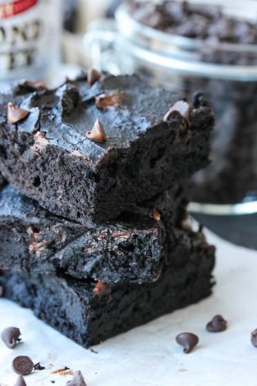 Black Bean Almond Butter Brownies