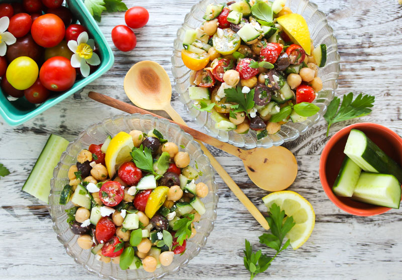15-Minute Mediterranean Chickpea Salad
