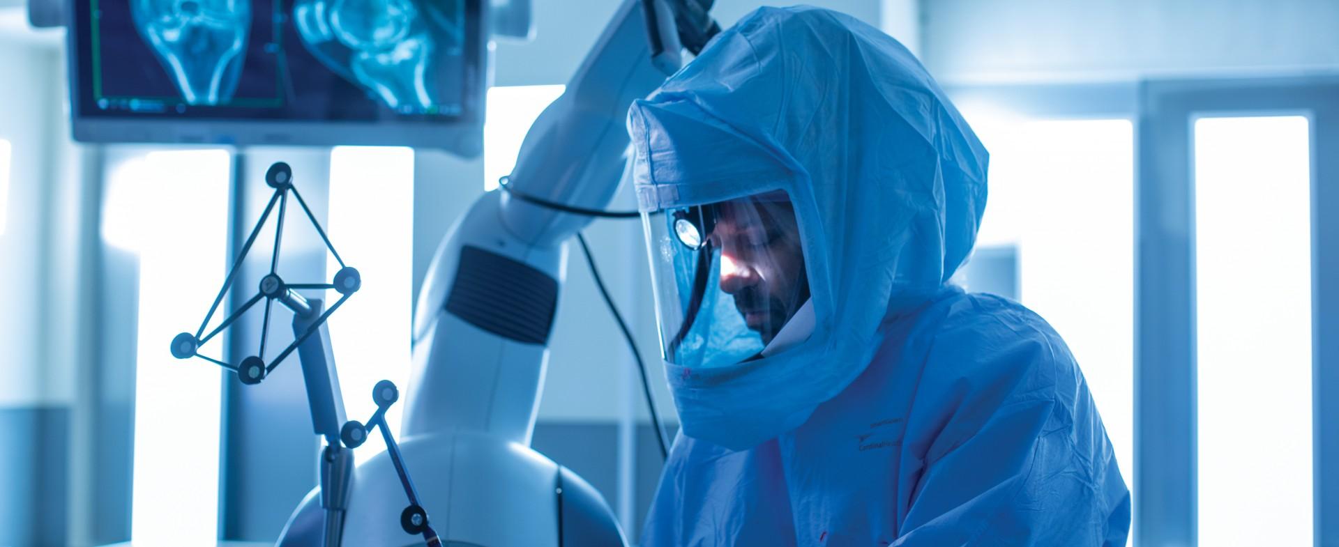 a TGH orthopedic surgeon performing surgery