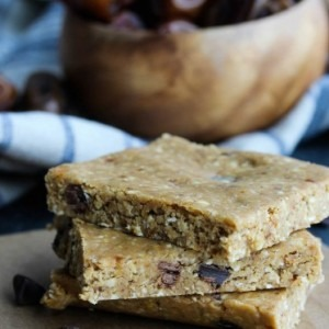 Peanut Butter & Chocolate No-Bake Protein Bars
