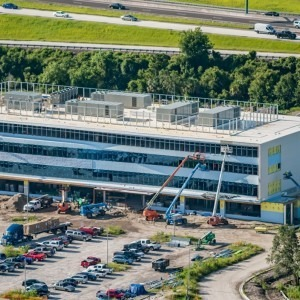 Aerial photograph of the TGH Brandon Healthplex under construction.