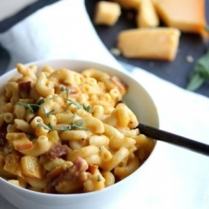 Low Fat Apple Bacon Gouda Mac and Cheese